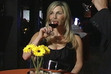 California Living® host & Party Girl Diet™ author Aprilanne Hurley in Napa Valley, California.