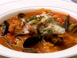 "California Living® is all about enjoying good food like authentic ""sams tiburon crab cioppino"" with great friends."
