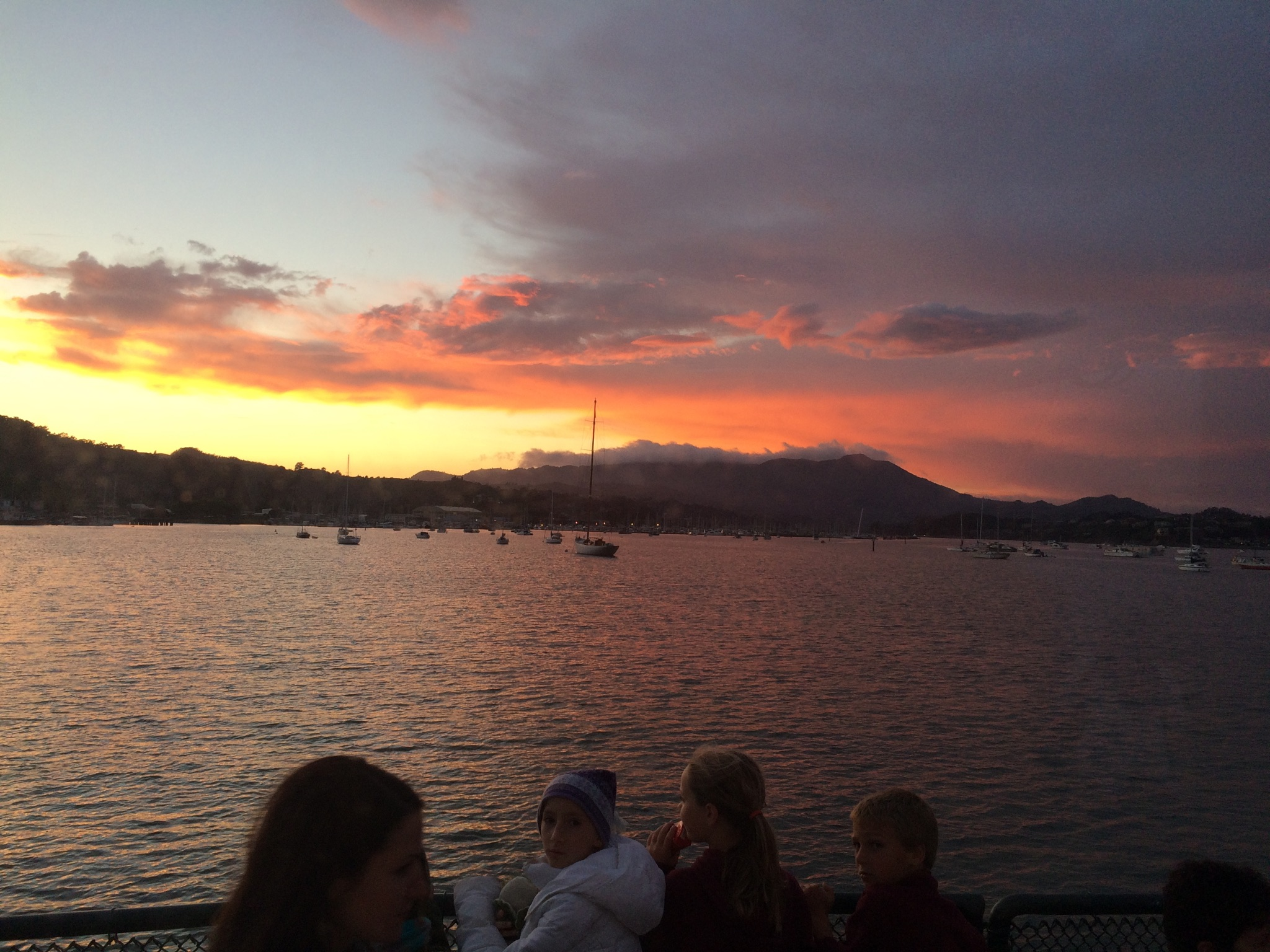 California Living SF Bay Sunset Cruises Get The Party Started - Cruises from california