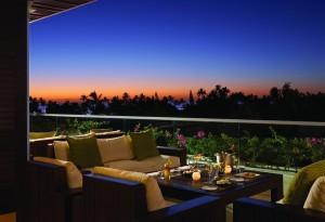 California Living ® Spotlights Trump Waikiki for luxury family travel in Hawaii.