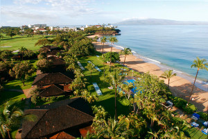 Experience authentic Hawaii travel experience at the Royal Lanhaina Resort, Maui, Hawaii.