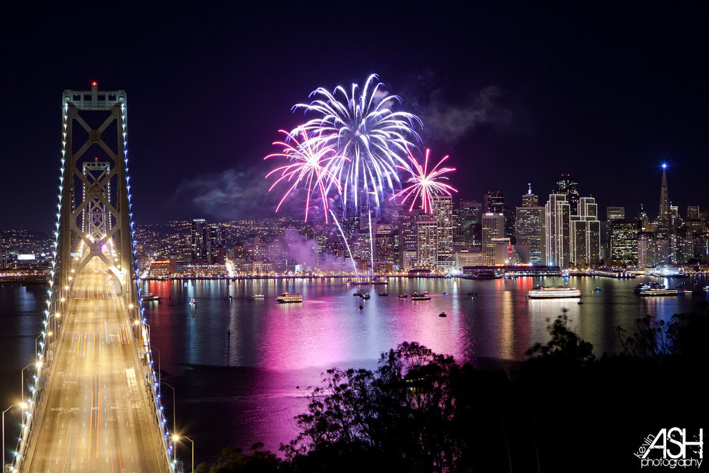 California Living ® invites you to Cruise into 2020 on a New Years Eve Fireworks Cruise!